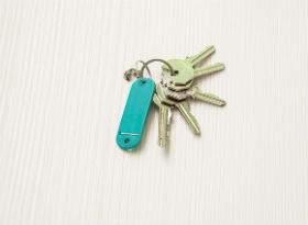 アパート経営で悩む家賃滞納者の強制退去について